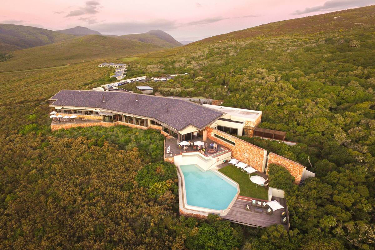 grootbos-accommodation-forest-lodge-exterior-05.jpg